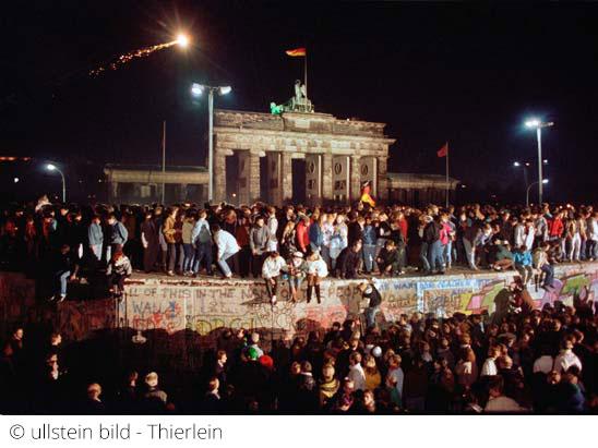Brandenburger Tor zum Fall der Berliner Mauer 1989